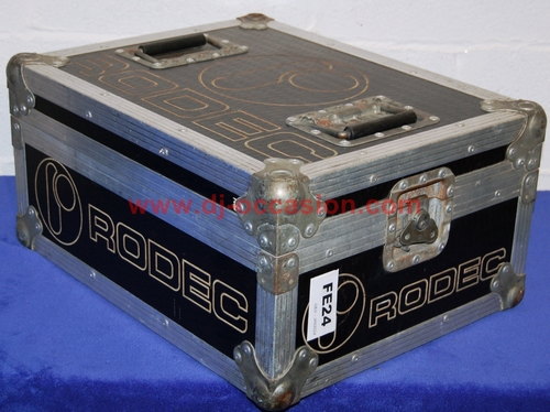 FLIGHT CASE POUR TABLE DE MIXAGE RODEX MX 180MKIII