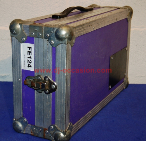 FLIGHT CASE TYPE MALLE / COFFRE / AUTRE